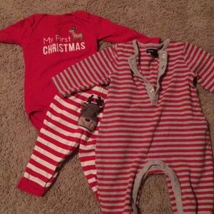 Holiday clothes for the littles🌲